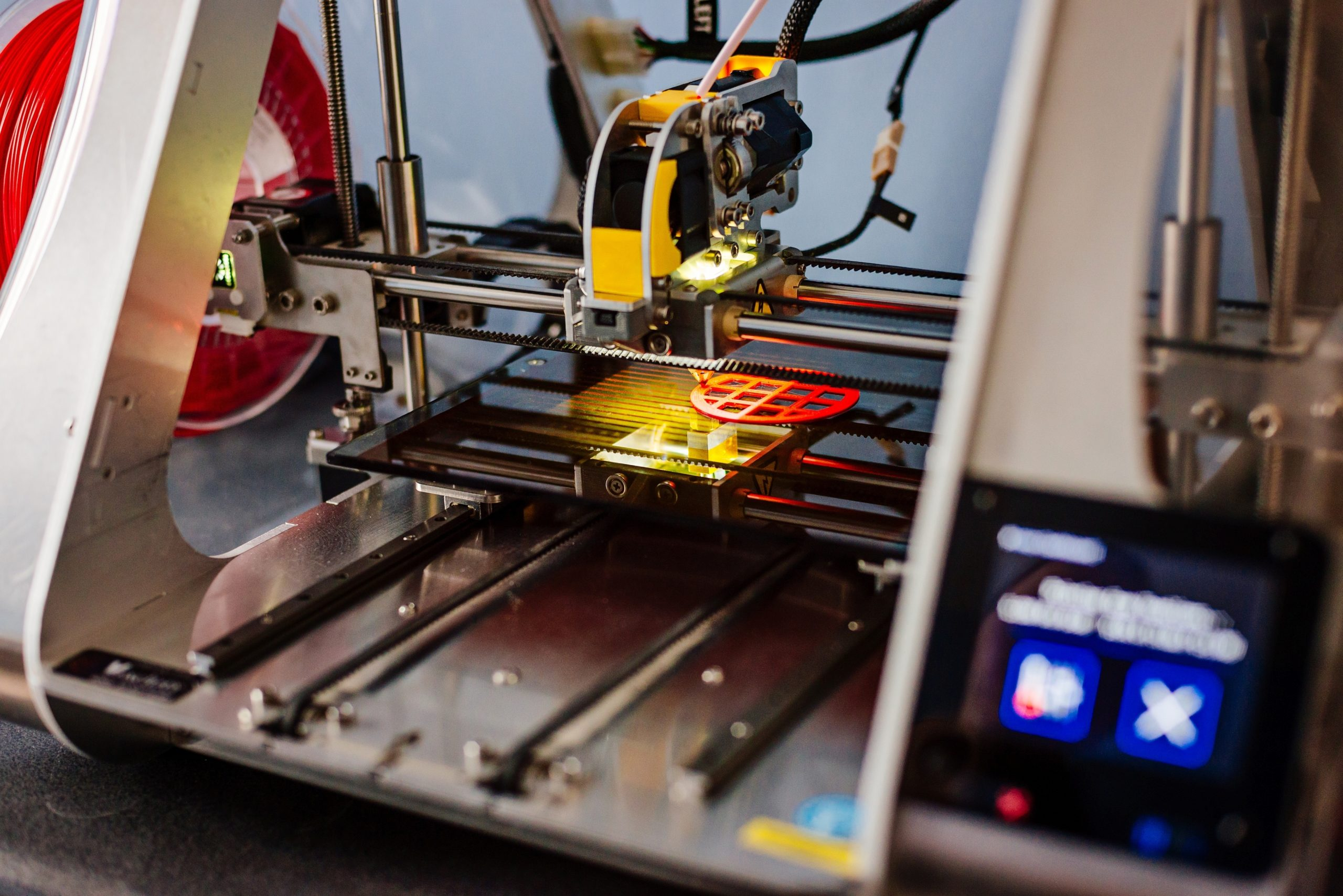 Flywheel UPS for 3D printing facilities